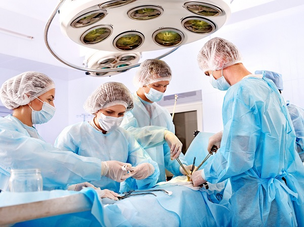 Trong nhiều trường hợp, người bệnh ung thư tử cung được chỉ định phẫu thuật
