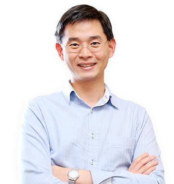 Bác sĩ Zee Ying Kiat