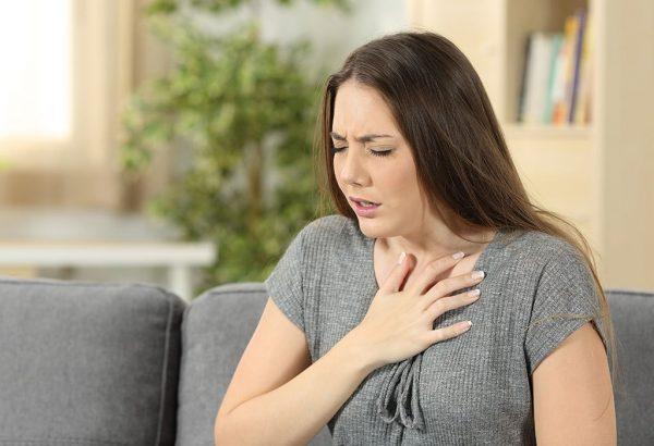 Bệnh nhân cường giáp có thể bị khó thở