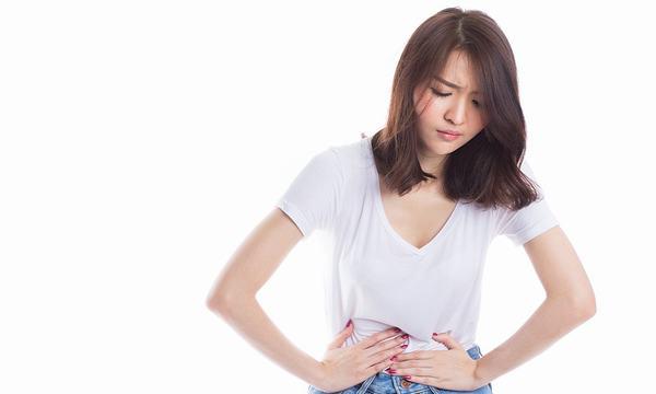 Đau bụng dưới là triệu chứng thường gặp ở mọi đối tượng, lứa tuổi