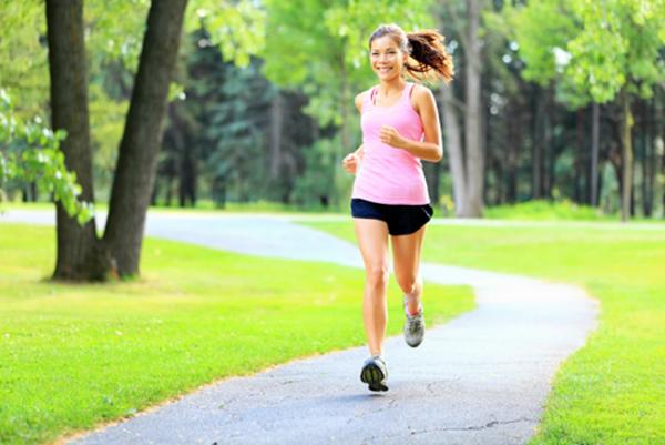 Tập thể dục khoảng 40 phút mỗi ngày kết hợp với việc duy trì cân nặng là phụ nữ sẽ giảm nguy cơ mắc bệnh ung thư cổ tử cung lên đến 44%