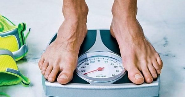 Giảm cân nhanh chóng, đột ngột là một trong những triệu chứng thường gặp khi mắc bệnh ung thư.
