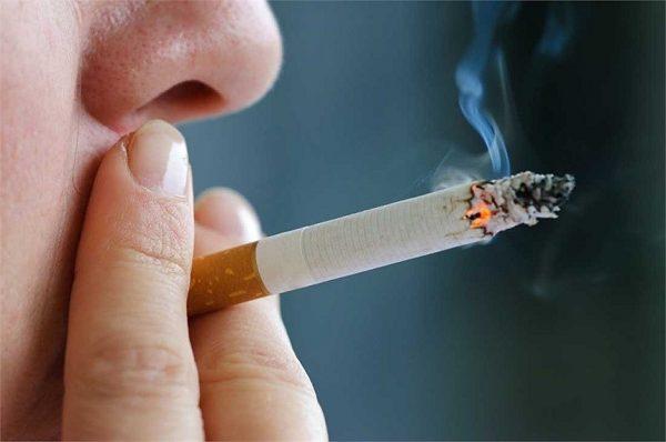 Người nghiện thuốc lá có nguy cơ mắc ung thư phổi cao hơn nhiều so với những người khác