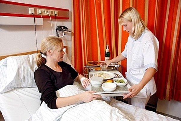 Người bệnh ung thư phổi cần có thực đơn ăn uống khoa học nhằm tăng cường sức khỏe