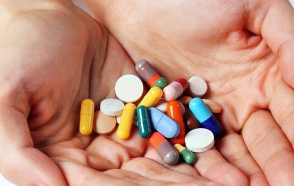 Dùng thuốc theo đúng chỉ định của bác sĩ sẽ giúp cải thiện sớm bệnh