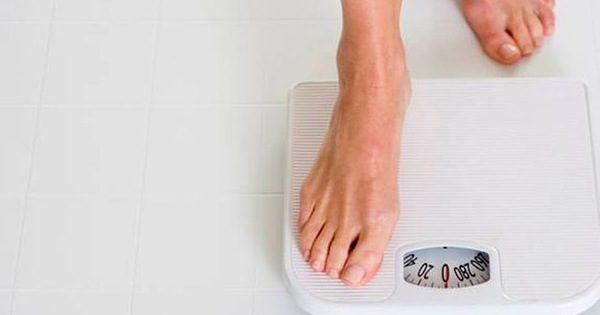 Sút cân là một trong những triệu chứng ung thư dạ dày thường gặp ở nhiều giai đoạn bệnh
