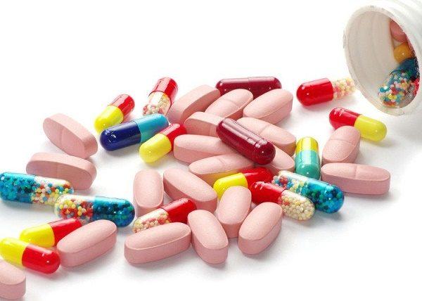 Viêm phổi được điều trị chủ yếu bằng thuốc