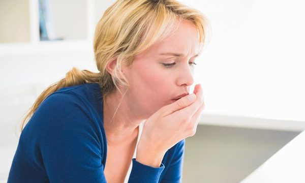 Ho là một trong những triệu chứng bệnh viêm phổi thường gặp