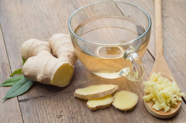 Người bệnh có thể uống trà gừng hàng ngày có thể giảm triệu chứng trào ngược dạ dày