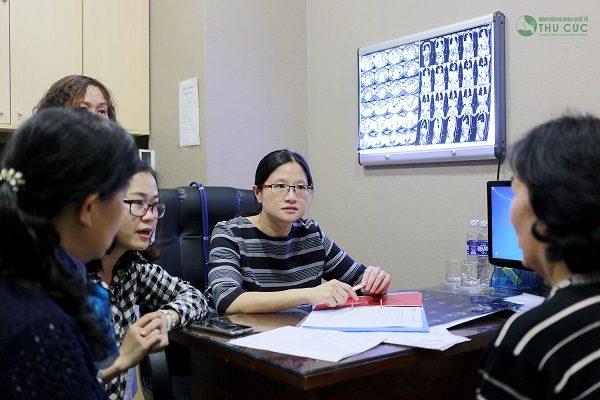 Lựa chọn phương pháp điều trị bệnh như thế nào phụ thuộc vào chỉ định của bác sĩ qua tình trạng bệnh cụ thể