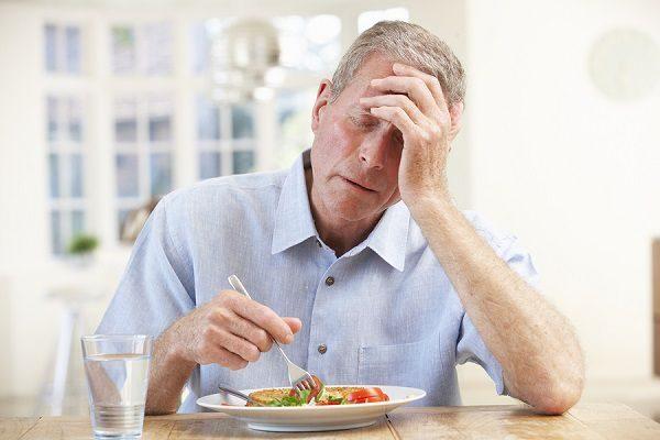 Bệnh nhân mắc gan nhiễm mỡ thường có cảm giác mệt mỏi, chán ăn...