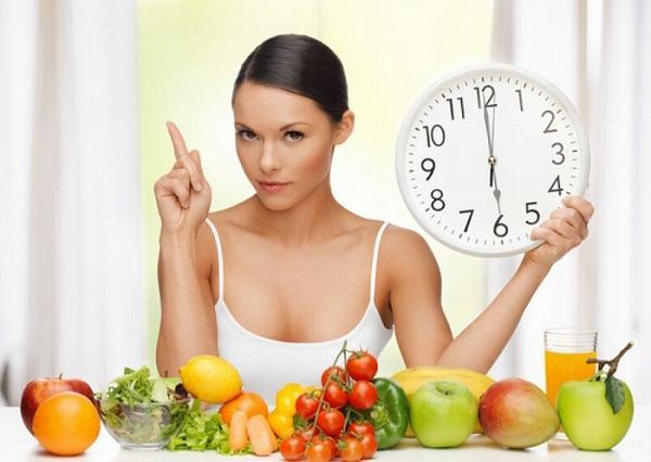 Nhịn ăn và làm sạch ruột trước khi đại tràng là lưu ý quan trọng để ca nội soi diễn ra thành công