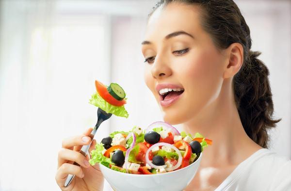 Để phòng ngừa viêm loét dạ dày, chúng ta cần áp dụng chế độ ăn uống và sinh hoạt hợp lý