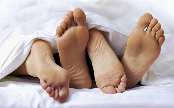 Quan hệ tình dục không lành mạnh là một trong những nguyên nhân gây u xơ cổ tử cung