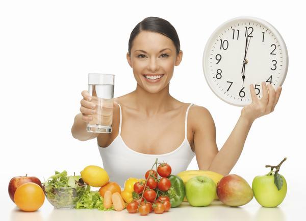 Áp dụng chế độ ăn uống và sinh hoạt hợp lý là cách tốt nhất giúp cơ thể khỏe mạnh, ngừa u xơ cổ tử cung