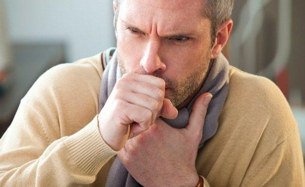 Hãy cảnh giác với bệnh ung thư phổi nếu bạn có nhiều biểu hiện nghi ngờ khác, điển hình là ho kéo dài