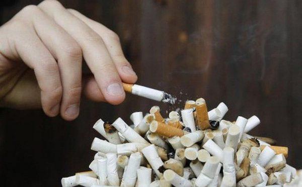Hút thuốc lá làm tăng nguy cơ ung thư