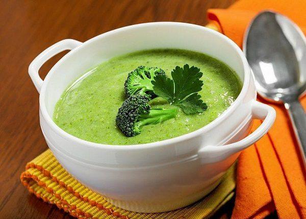 Cháo súp dễ ăn, nhiều dinh dưỡng tốt cho bệnh nhân ung thư vòm họng khi gặp tình trạng khó nuốt