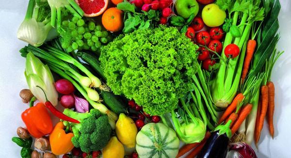 Người bệnh ung thư tuyến tiền liệt nên ăn nhiều rau củ quả nhiều màu sắc