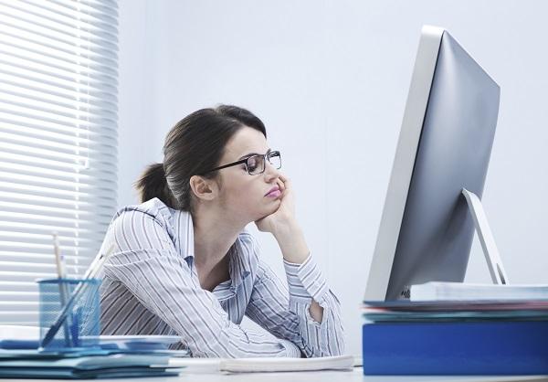 Dân văn phòng có thể phải đối mặt với nhiều bệnh lý nguy hiểm trong đó có ung thư