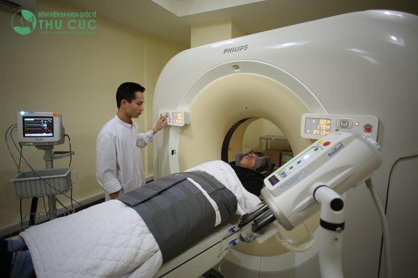 CT scan ngực có thể phát hiện ung thư sớm mà đôi khi chụp X quang có thể bỏ sót