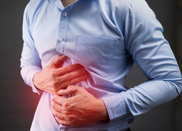 Đau bụng là một trong những biểu hiện ung thư gan điển hình