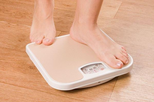 Sút cân là một trong những triệu chứng điển hình ở bệnh nhân ung thư tuyến tụy