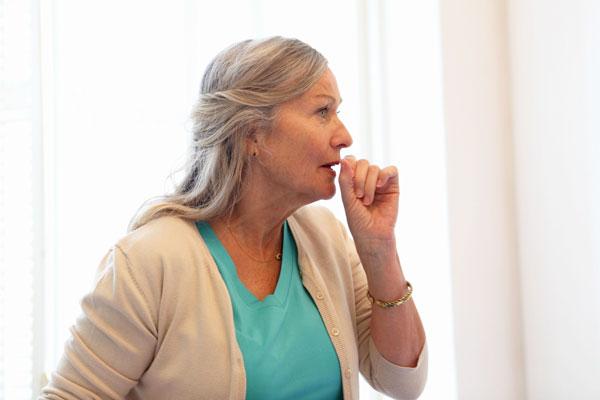 Dấu hiệu và triệu chứng ung thư cổ tử cung di căn