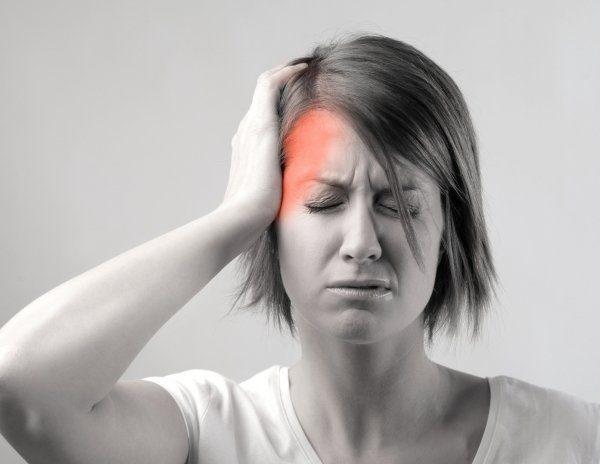 Đau đầu cũng là một trong những triệu chứng ung thư vòm họng thường gặp