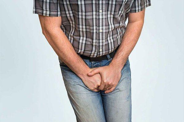 Tăng sản tuyến tiền liệt cũng có liên quan tới bệnh ở tinh hoàn