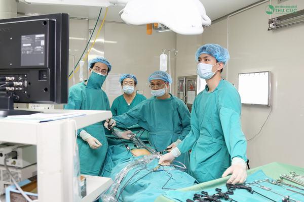 Phẫu thuật là một trong những phương pháp điều trị hiệu quả u nang buồng trứng