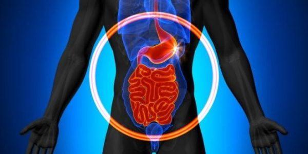 Viêm thực quản trào ngược xảy ra do dịch acid từ dạ dày vào thực quản