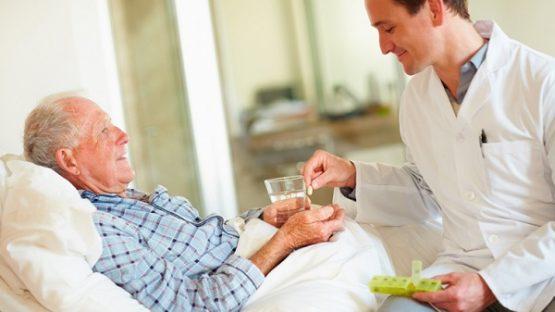 Chăm sóc người bệnh ung thư trực tràng