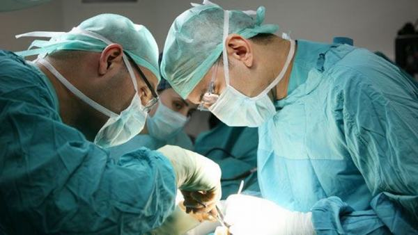 Sau phẫu thuật ung thư gan, người bệnh cần được chăm sóc kỹ lưỡng