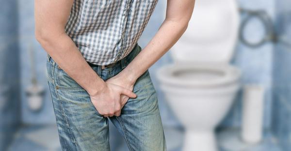 Tiểu khó, tiểu lắt nhắt là một trong những triệu chứng thường gặp ở bệnh nhân ung thư tuyến tiền liệt
