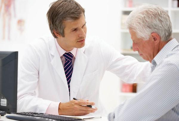 Người bệnh cần theo dõi tình trạng sức khỏe và tuân thủ phương pháp điều trị của bác sĩ