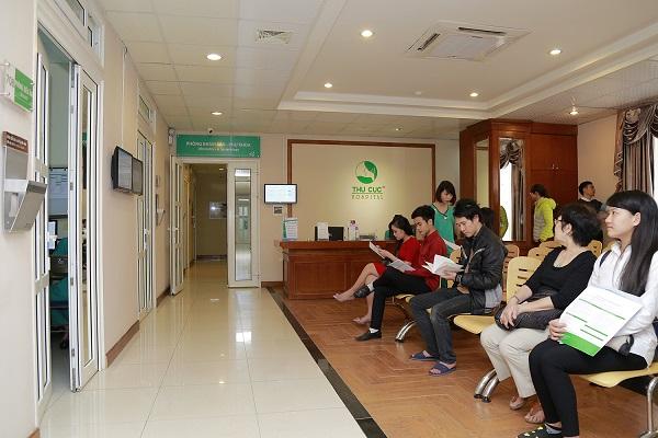 Nhiều người bệnh tin tưởng lựa chọn bệnh viện Thu Cúc để thăm khám và điều trị sớm bệnh