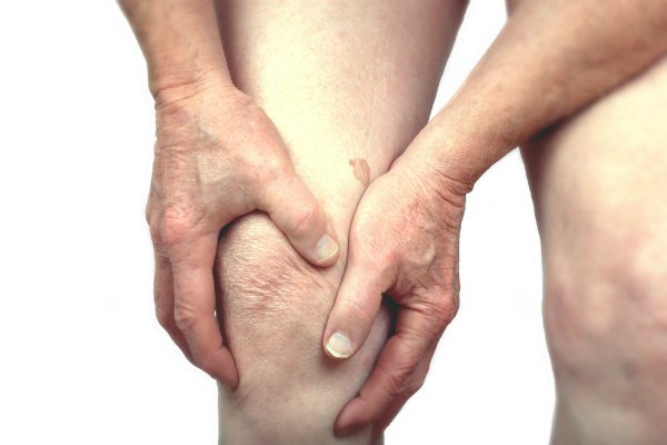 Đau xương là một trong những triệu chứng ung thư di căn xương thường gặp nhất