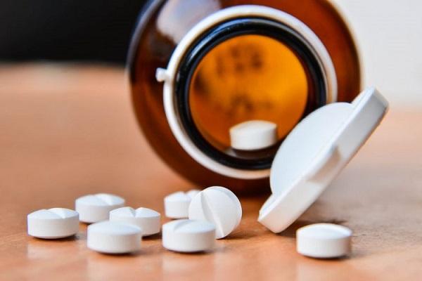 Điều trị nội tiết với mục đích làm giảm nội tiết tố nam trong máu