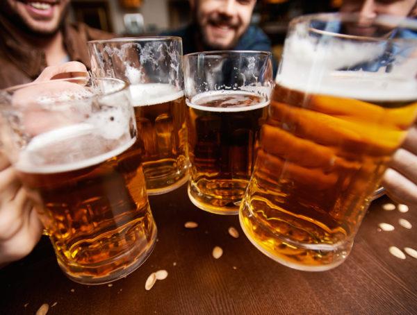 •Rượu bia gây ức chế sự tạo thành của lớp màng nhày, tăng tiết acid dịch vị làm mất cân bằng yếu tố bảo vệ và yếu tố tấn công dạ dày