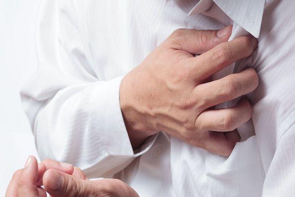 bệnh nhân xạ trị vùng ngực có thể gặp những tác dụng phụ nhất định