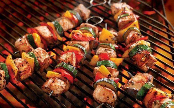 tỉ lệ mắc ung thư tăng do thói quen ăn uống