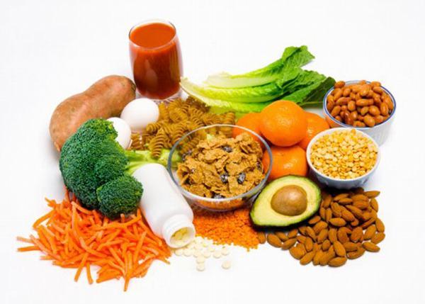 Người bệnh cũng cần bổ sung lượng axit folic đầy đủ trong chế độ ăn hàng ngày