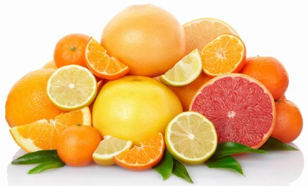 Người bệnh cũng cần tránh những thực phẩm chiên rán, các loại quả có vị chua hoặc đồ uống chứa cồn