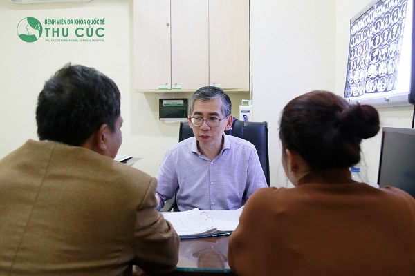 Thay vì tím đến các phương pháp điều trị chưa có căn cứ khoa học, bệnh nhân nên đến trực tiếp bệnh viện để được tư vấn điều trị