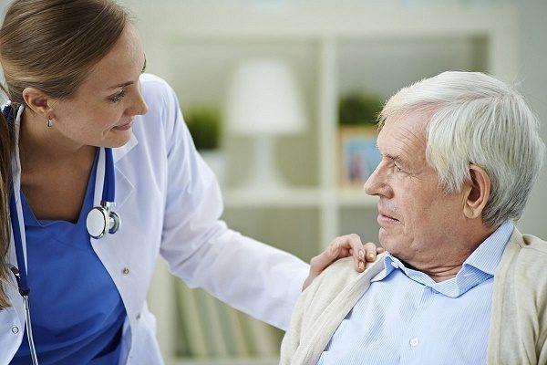 Ngăn ngừa ung thư đại tràng tái phát nhờ vận động