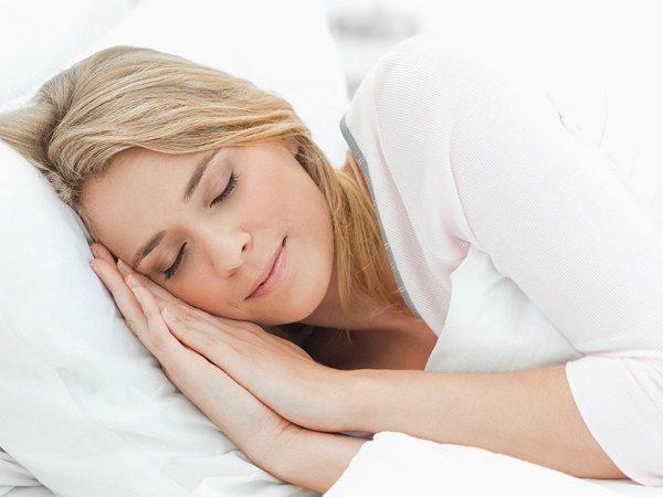 """Ngủ ngay sau khi ăn - Coi chừng ung thư """"gõ cửa"""""""