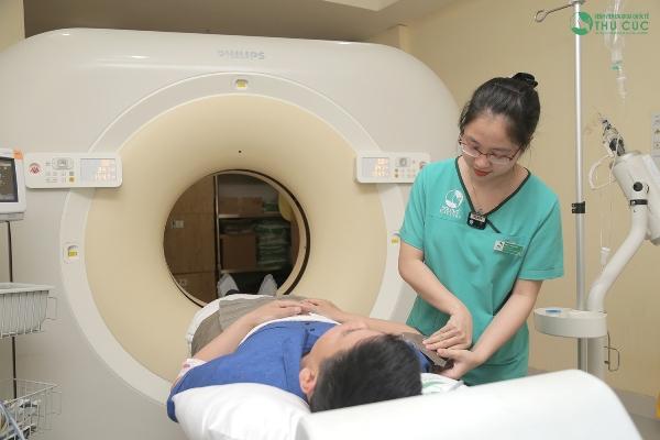 CT scan lồng ngực trong tầm soát ung thư phổi giúp phát hiện những bất thường sớm ở phổi