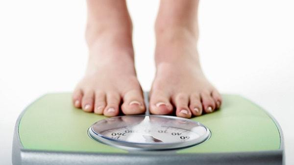 Khi bị ung thư dạ dày, người bệnh có biểu hiện giảm cân đột ngột