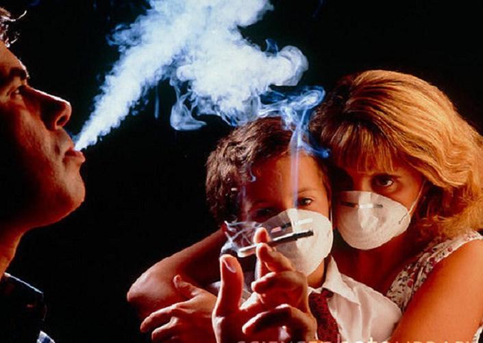 Hít phải khói thuốc lá trong thời gian dài cũng làm tăng nguy cơ ung thư phổi